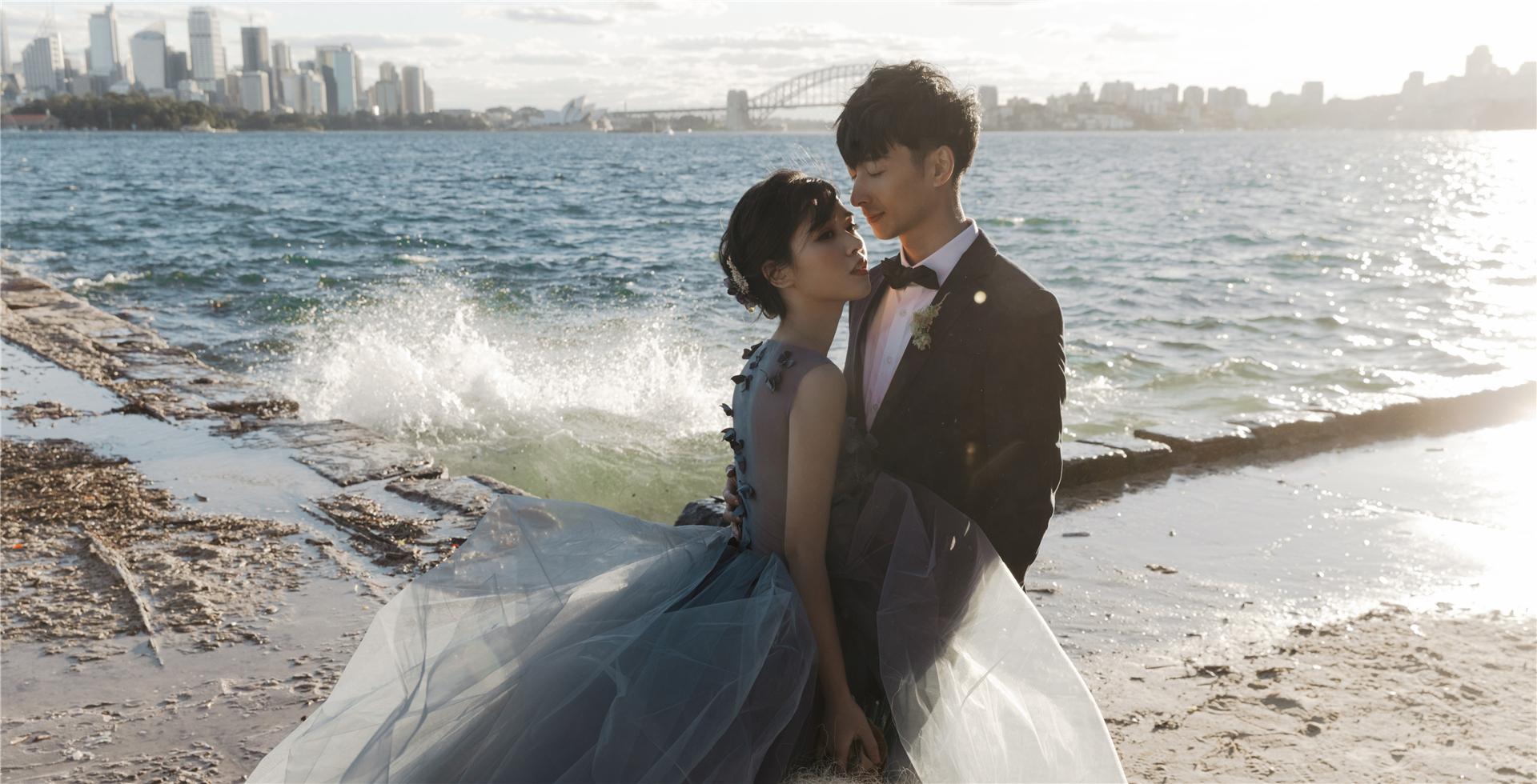 澳洲悉尼口碑最好,屡次荣获各项婚纱婚礼奖项,我们拥有最有创意的摄影摄像团队和化妆团队